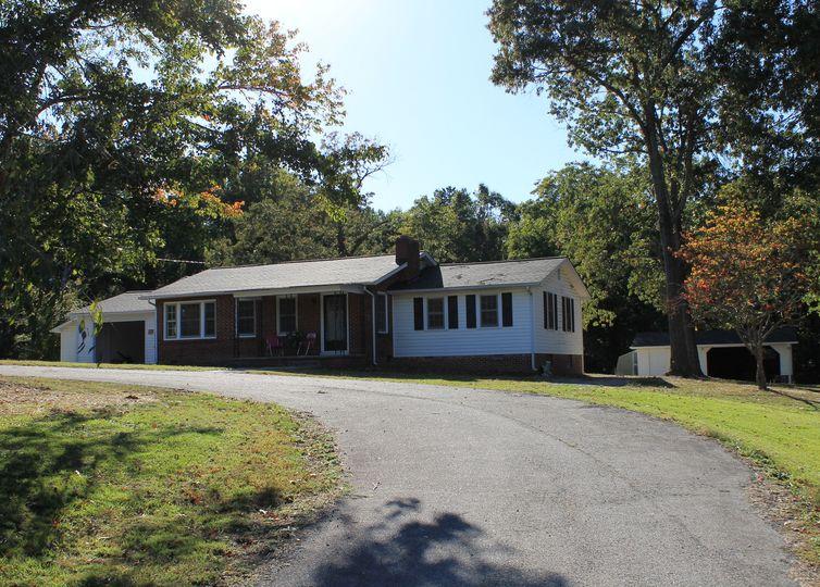 509 Pineywood Road Thomasville, NC 27360