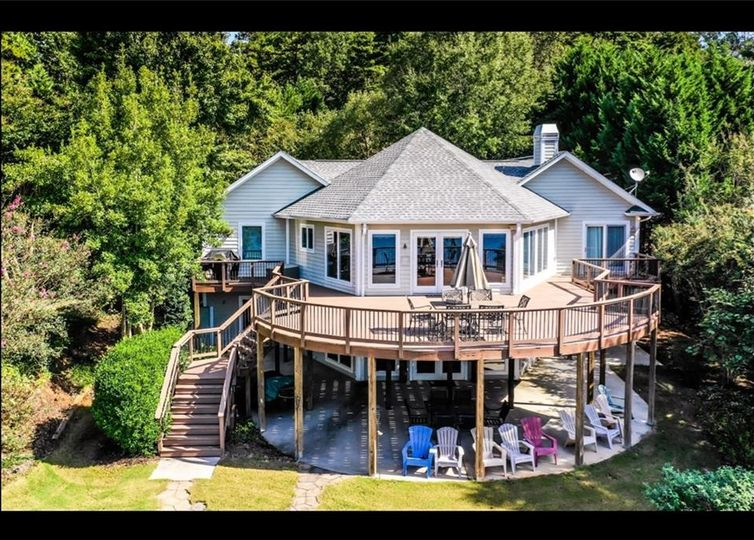 214 Sunset Ridge Drive Seneca, SC 29672