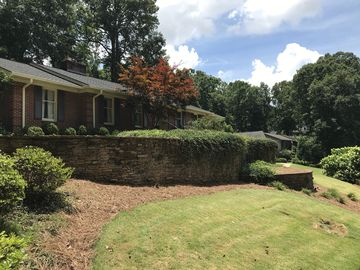 14 Harbor Oaks Drive Greenville, SC 29609 - Image 1