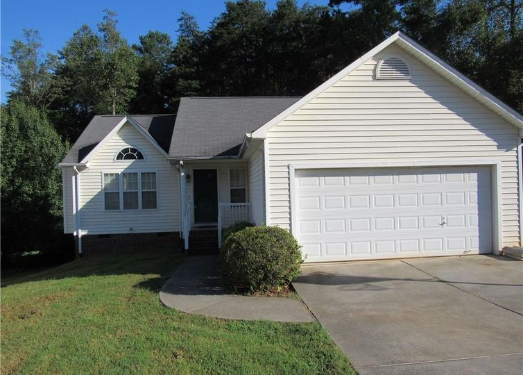 1049 Wyndfall Drive Kernersville, NC 27284