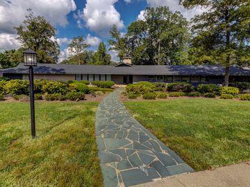510 Emerywood Drive High Point, NC 27262 - Image 1