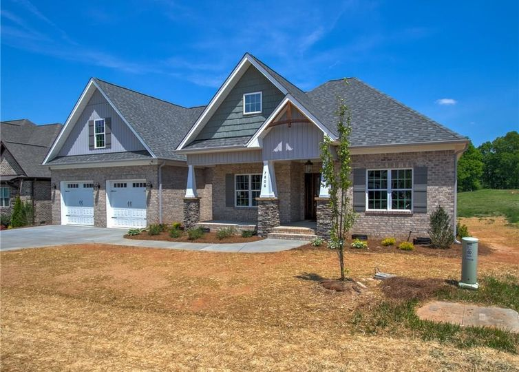 7806 Front Nine Drive Stokesdale, NC 27357