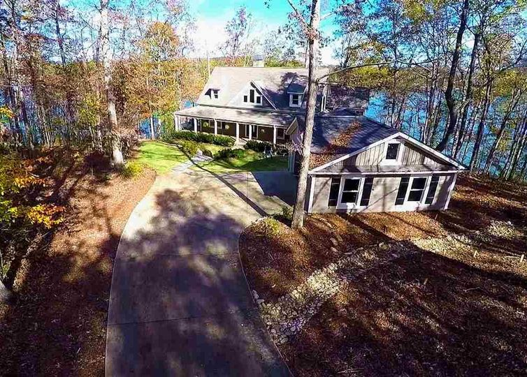 327 Foreststone Drive West Union, SC 29696