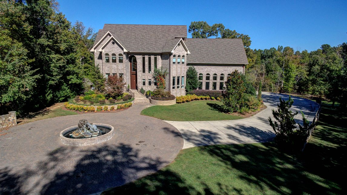 4553 Pleasant Garden Road Greensboro, NC 27406