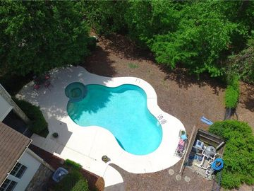1607 Heathcliff Road High Point, NC 27262 - Image 1