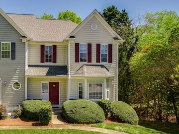 5912 Fitzwilliams Lane Charlotte, NC 28270 - Image 1