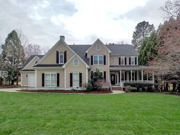 300 Pond Bluff Way Cary, NC 27513 - Image 1