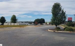 919 Montague Avenue Greenwood, SC 29649 - Image 1