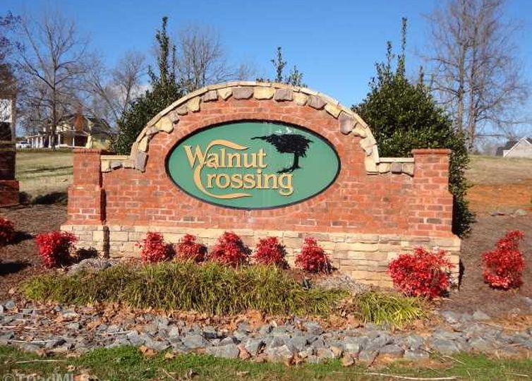2125 Walnut Crossing Run photo #1
