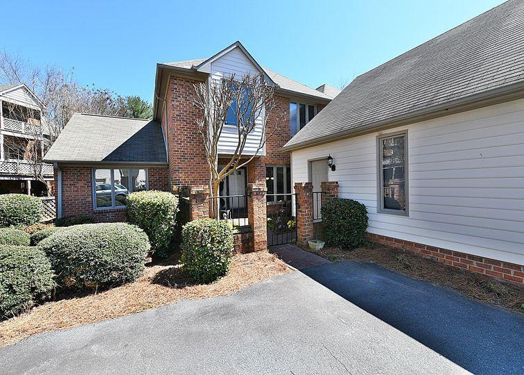 569 Sherwood Hills Drive Winston Salem, NC 27104