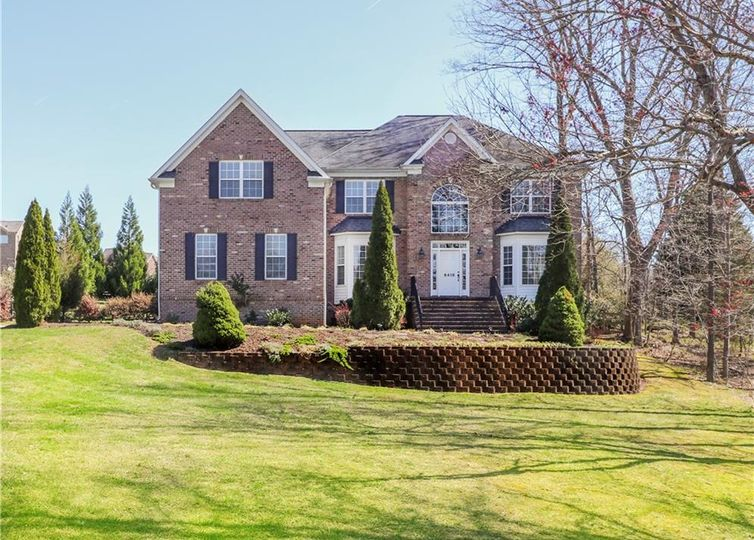 6418 Ashton Park Drive Oak Ridge, NC 27310