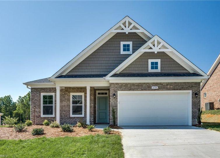6150 Barrington Oaks Drive Clemmons, NC 27012