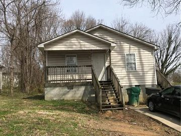 805 E Commerce Avenue High Point, NC 27260 - Image