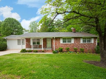 11 Hillcrest Circle Greenville, SC 29609 - Image 1