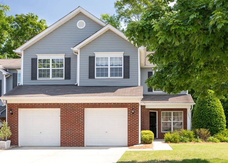 12243 Stratfield Place Circle Pineville, NC 28134