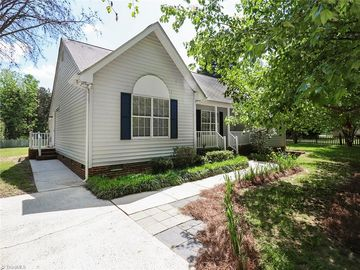 5706 Country Lane Greensboro, NC 27410 - Image 1