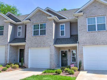 618 Friendway Road Greensboro, NC 27410 - Image 1