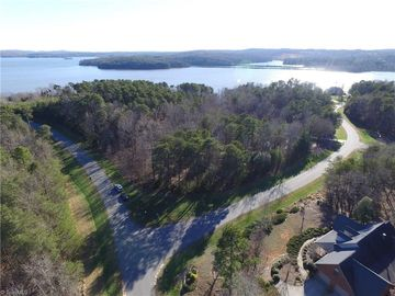 264 Badin View Drive New London, NC 28127 - Image 1