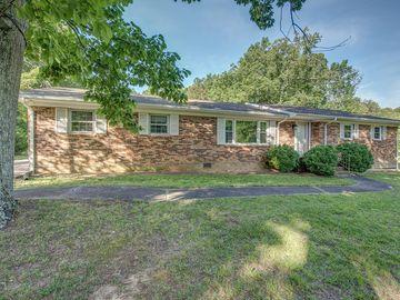 1018 Elizabeth Drive Dallas, NC 28034 - Image 1