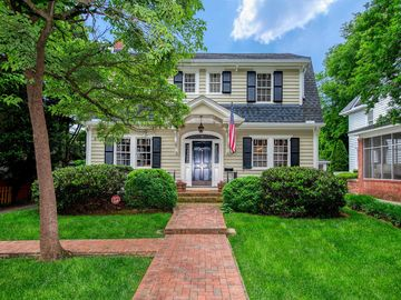 407 Hermitage Court Charlotte, NC 28207 - Image 1