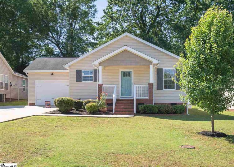 111 Brunson Street Greenville, SC 29607