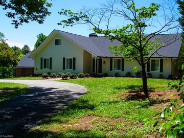 416 E Holly Hill Road Thomasville, NC 27360 - Image 1