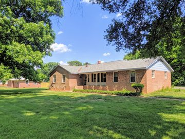 5018 Christenbury Road Charlotte, NC 28269 - Image 1