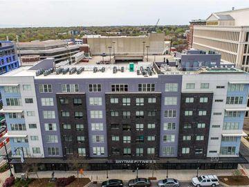 100 E Washington Street E Greenville, SC 29601 - Image 1
