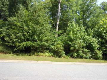 172 Emily Court High Point, NC 27265 - Image 1