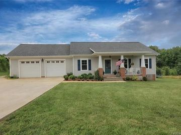 127 Four Winds Drive Statesville, NC 28825 - Image 1
