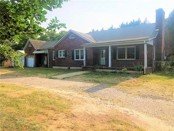410 S Main Street Six Mile, SC 29682 - Image 1