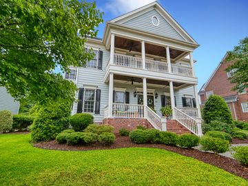 910 Dominion Hill Drive Cary, NC 27519 - Image 1