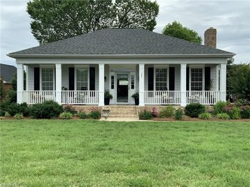 104 Courtland Lane Archdale, NC 27263 - Image 1