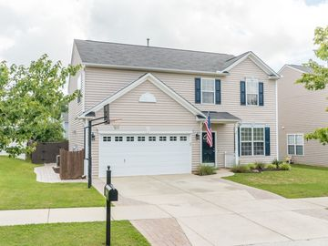 145 Smith Rock Drive Holly Springs, NC 27540 - Image 1