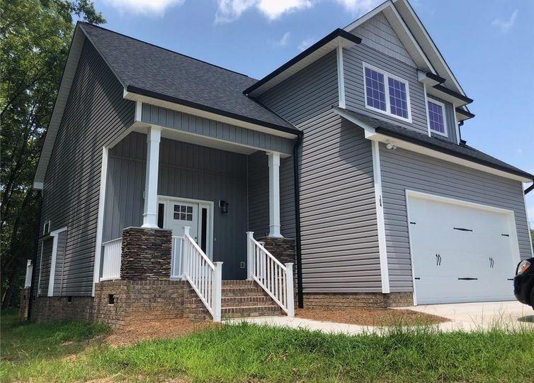 104 Shean Drive Archdale, NC 27263