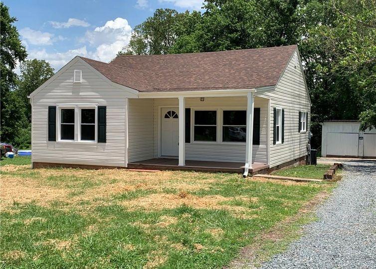 910 Walters Street Reidsville, NC 27320