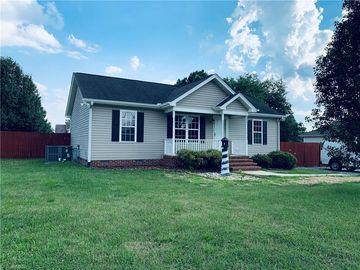 621 E Parker Street Graham, NC 27253 - Image 1