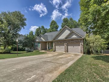 104 Flat Tail Way Greer, SC 29651 - Image 1