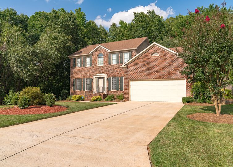 1506 Worthington Place Greensboro, NC 27410
