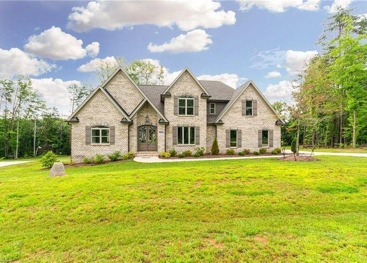 7702 Northern Estates Point Greensboro, NC 27455
