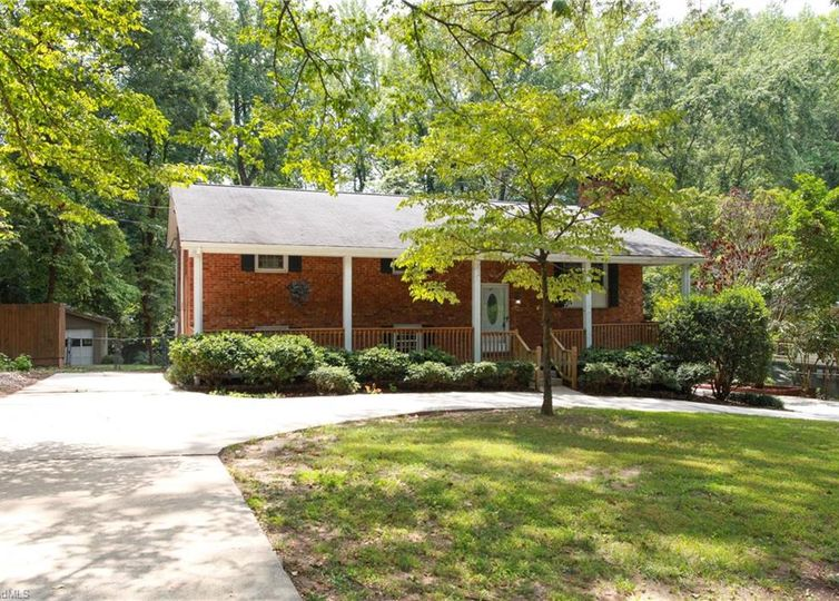 206 Pineburr Road Greensboro, NC 27455