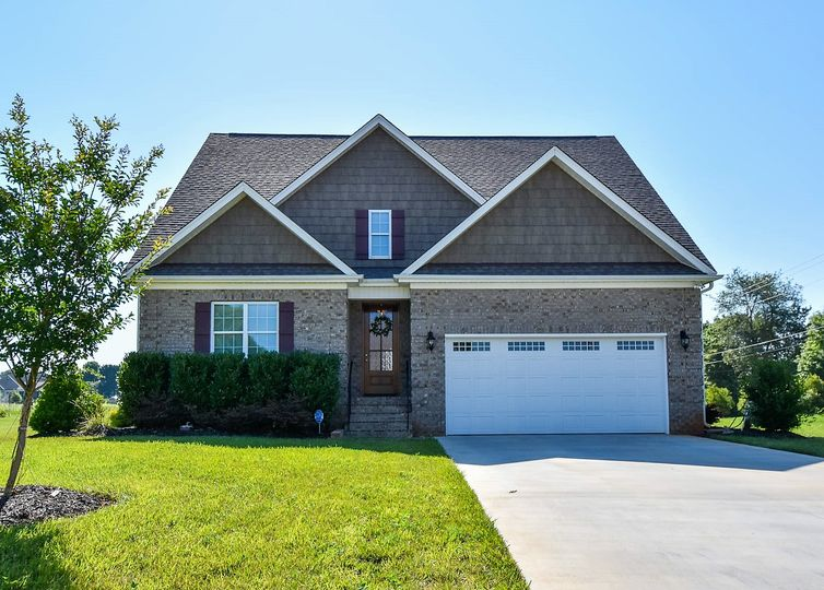 106 Caudle Meadows Drive Advance, NC 27006
