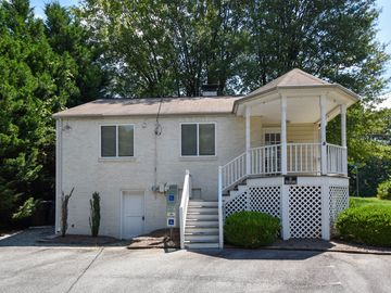 201 Muirs Chapel Road Greensboro, NC 27410 - Image 1