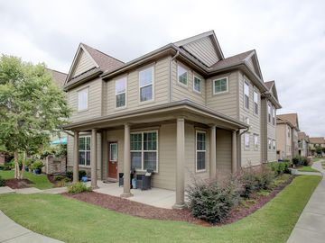 9201 Torre Del Oro Place Raleigh, NC 27617 - Image 1