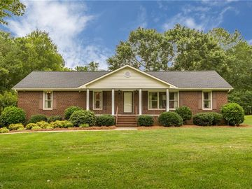 160 Roquemore Road Clemmons, NC 27012 - Image 1