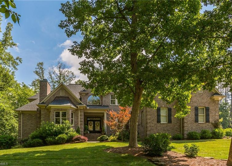 219 Ryder Cup Lane Clemmons, NC 27012