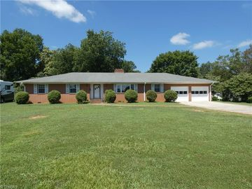 814 Fairview Drive Lexington, NC 27292 - Image 1