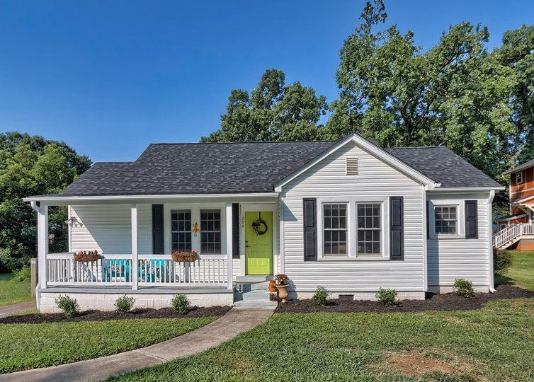204 Maco Terrace Greenville, SC 29607