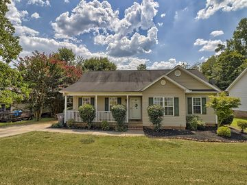 140 Brown Drive Easley, SC 29642 - Image 1