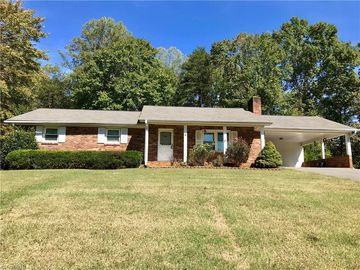 202 Pleasantview Drive King, NC 27021 - Image 1